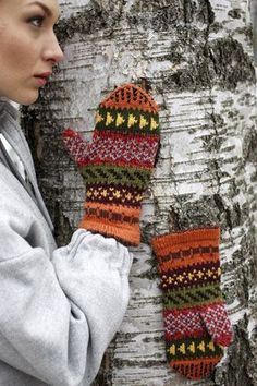 Nordic Yarns and Design since 1928 Fingerless Mittens, Knitted Gloves, Knitting Socks, Knit Socks, Wrist Warmers, Crochet Accessories, Knit Crochet, Knitting Patterns, Diy And Crafts