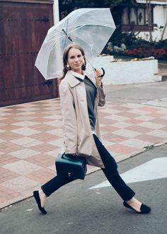Rain look Instagram: @LauraKobels Creative Director: Laura Kobels Fotógrafa: Estefania Pinzón @estefaniapkb