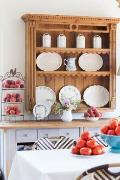 How to Decorate a Hutch - Cedar Hill Farmhouse #countryfrench #frenchcottage #romanticcottage #romanticstyle #frenchcountrystyle