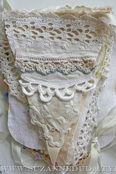 Vintage Fabric and Lace Bunting - Banner - Garland Lace Bunting, Bunting Garland, Fabric Bunting, Vintage Bunting, Bunting Ideas, Wedding Bunting, Bunting Flags, Buntings, Lace Doilies