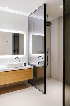 The Burj Residence - Interior Architecture — VSHD Design Dubai Bathroom Doors, Bathroom Toilets, Bathroom Layout, Master Bathroom, Bathroom Ideas, Bathroom Remodeling, Bathroom Design Small, Bathroom Interior Design, Modern Bathroom