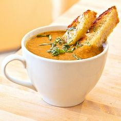 fiery roasted garlic tomato soup
