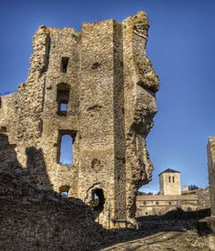 Ruines du château de Saissac