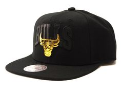 0942e11b2ed Mitchell  amp  Ness Lux Arch Snapback Bulls - Black   Gold – West Brothers