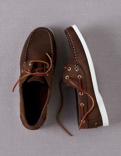 54 Best Boat Shoes Fashion Style Ideas for Men - Men's Fashion & Style - Shoes Best Boat Shoes, Best Summer Shoes, Best Shoes For Men, Men's Boat Shoes, Deck Shoes Men, Boat Shoes Outfit, Men's Shoes, Shoe Boots, Shoes Style