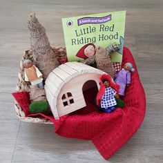 Story basket for little red riding hood – kindergarden Early Literacy, Preschool Literacy, Literacy Activities, Preschool Activities, Literacy Bags, Kindergarten, Learning Through Play, Play Based Learning, Home Learning