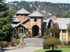 LHM Silicon Valley - This wonderful 5400 Sq. ft. estate is Magical, Magnificent and dramatic in tastefully-done European architecture. Nestled atop a knoll with fine views from most every room, it offers a lifestyle of privacy while providing quick access to the entire San Francisco Bay Area. This prestigious  Alamo home is totally-new  …
