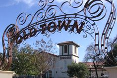 """Old Town, Los Gatos.  Love that metal sign,  """"Home Sweet Home"""", for the past 20 years."""