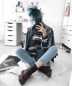 @birkadehmelek Grunge Outfits, Edgy Outfits, Grunge Fashion, 90s Fashion, Korean Fashion, Cute Outfits, Fashion Outfits, Womens Fashion, Punk Pants