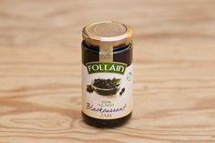 Schwarze Johannisbeermarmelade ohne Zuckerzusatz, von Follain, Follain ist einer der bekanntesten und beliebtesten Produzenten und stellt seine Marmeladen aus 100% natürlichen Zutaten nach alten irischen Rezepten her, ohne Geschmacks- Farb- und Konservierungsstoffe. Die Marmeladen werden für maximale Frische in hochwertigen Gläsern vakuumverpackt. Die Firma ist im Zentrum des landwirtschaftlich geprägten West Cork ansässig, die Qualität ist die von hausgemachten Produkten.