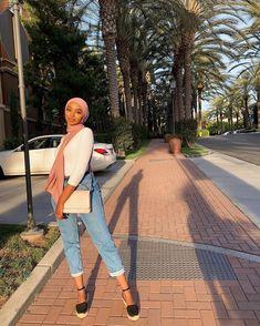 Modern Hijab Fashion, Street Hijab Fashion, Hijab Fashion Inspiration, Muslim Fashion, Modest Fashion, Hijabi Girl, Girl Hijab, Hijab Outfit, Modest Outfits