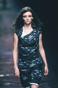 Versus - Spring / Summer 1999 | Audrey Marnay