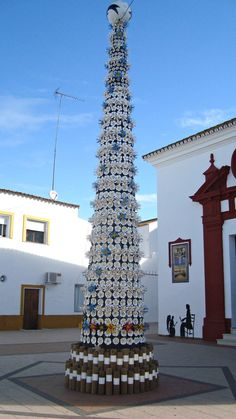 """The Green Christmas of El Granado, Spain: tree made with plastic bottle """"flowers"""""""