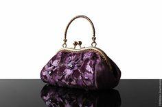 Купить Бархатная сумочка, сиреневый, кружево, вечерняя сумочка, Сваровски - сумочка, сумочка женская
