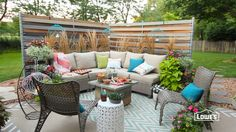 Add privacy and style to your yard with a screen made from cedar panels woven between chain-link fence posts. Find project details here: http://low.es/1WGcl8...