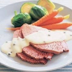 Corned beef with peppercorn white sauce