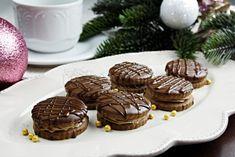 Czech Recipes, Christmas Cookies, Yummy Treats, Muffin, Chocolate, Breakfast, Food, Hampers, Xmas
