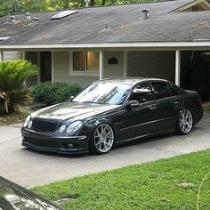 Mercedes Benz C63 Amg, Mercedes E Class, Mercedes Benz Cars, Custom Mercedes, Mercedez Benz, Benz S, Top Cars, Crazy Cars, Sedans