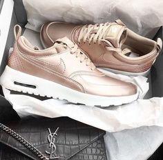Immagine di nike, shoes, and fashion