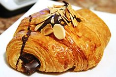 french-chocolate-croissant ideal with morning coffee or hot chocolate :) xx Chocolate Croissant Recipe, Almond Croissant, French Croissant, Cooking Chocolate, Chocolate Filling, Chocolate Pastry, Chocolate Bars, Breakfast, Pastries