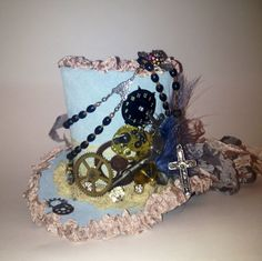 Mini steampunk hat by Amber Meredith
