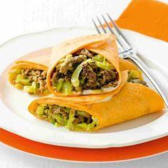 Lekker en snel, tortillawrap met gehakt, kerrie en spitskool.