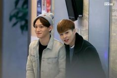 [PIC] 150320 ICN Airport- Chen and Xiumin (cr chenfan)