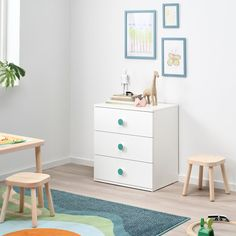 IKEA - GODISHUS, chest, white, Perfect height for small children. They can easily reach and find things on their own. With the included colorful stickers, you can quickly label the drawers in your own personal way. Ikea Kids Dresser, Dresser Storage, Kids Dressers, Lp Storage, Record Storage, 3 Drawer Chest, Drawer Unit, Chest Of Drawers, Kids Storage Furniture