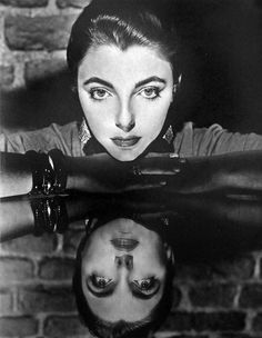 Frame the psychopath this way. Photo Noir: The art of photographer Cornel Lucas – in pictures - Joan Collins, Film Noir Photography, Still Photography, Portrait Photography, Surrealism Photography, Photography Ideas, Fashion Photography, Dame Joan Collins, Classic Film Noir, Bold And The Beautiful