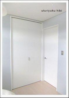 息子の部屋。ブルーグレーの壁紙の色について | うつりゆく日々...