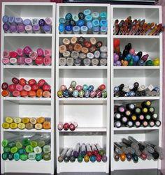 coloring utensil storage