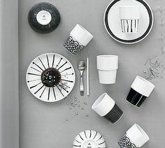 Filippa K Kahvi/Tee Muki, Ink Stripe, 2 kpl - Filippa K - Rörstrand - RoyalDesign. Scandinavian Mugs, Scandinavian Interior, Scandinavian Design, Swedish Style, Plates And Bowls, Ceramic Pottery, Table Settings, Ceramics, Tableware