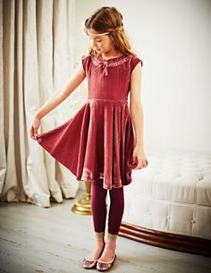 I've spotted this @BodenClothing Velvet Party Dress  xmas list 2013