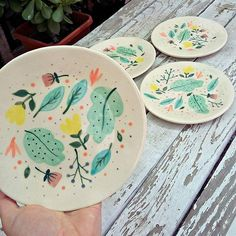 - Best ideas for decoration and makeup - Painted Ceramic Plates, Hand Painted Ceramics, Ceramic Painting, Porcelain Ceramics, Ceramic Pottery, Pottery Art, Ceramic Art, Hand Painted Pottery, Painting Art
