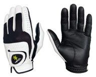 Hirzl Trust Feel Golf Glove $24.99 | The Hirzl Trust Feel Glove gives you the best of both worlds:  It grips better than most rain gloves, but it is more comfortable and durable than most standard gloves.  #hirzi #gloves #golf #accessories