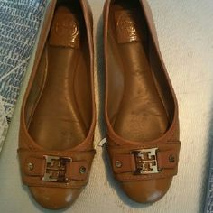 Tory burch flats Size 7 tan Tory Burch Shoes Flats & Loafers