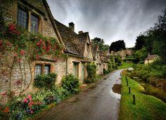 Bibury, uma vila que você precisa conhecer na Inglaterra.