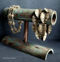 Magia Mia: Custom Chalk Painting and Etsy Synchronicity- DIY bamboo jewelry holder