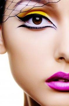 Flexy GirlBackFeetBellybuttonZungen-LippenSpecial Details