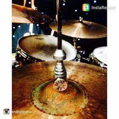 @andygdrums rockin the Bishop Clutch! Thanks for the sweet pic bro #drumporn #hihatporn #drummerscorner #officialdg2g #drums #coolnessfordrums #modern_drummer #drummag #drumfam #royalnuts #180drums #bateria #baterista #customhihatclutch by sweet_spot_clutches