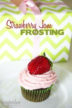 Strawberry Jam Frosting recipe - this would be perfect for cake, yummy bars, or really any desserts you can think of!