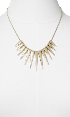 GRADUATED SPIKE NECKLACE   Express