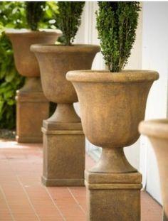 Massarelli Planters