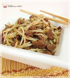 Tiras de filé com broto de feijão  Salvar Imprimir Você vai precisar de: 500g de filé mignon 2 colheres (sopa) de óleo de soja ½ cebola 1 colher (sobremesa) de amido de milho ½ …