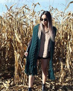 Had so much fun at Whittamore's Farm the other day!! Pumpkin picking plus a quick photo sesh of course. Here's Joc modeling my handknit Viti Scarf.