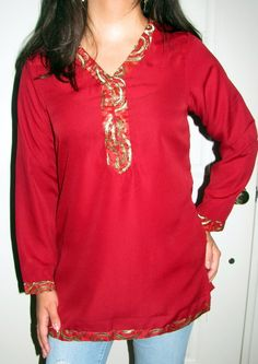 Shop women cotton evening tunics tops – Indian Cotton Tunics Tops at a discounted price at YoursElegantly. Women's Indian Tunics XS to on sale and get a free gift. Indian Tunic Tops, Indian Tops, Cotton Tunic Tops, Tunic Designs, Indian Fashion, Womens Fashion, Trendy Tops, Clothes For Women, Clearance Sale