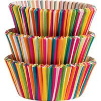 These Wilton Color Wheel Baking Cups feature a vibrant multicolored striped pattern. Add some color to your delicious treats using these baking cups! Birthday Cake Decorating, Cake Decorating Supplies, How To Make Cupcakes, Making Cupcakes, Fiestas Party, Tiki Party, Art Party, Cupcake In A Cup, Rainbow Cupcakes