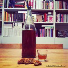 Vin Santo wine.