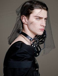 Matthew Bell captured by the lens of Leslie Kee and styled by Declan Chan with pieces from Walter Van Beirendonck, Givenchy, Vivienne Westwood and more, for the current issue of Men's Uno Hong Kong. Fashion Mask, Fashion Shoot, Editorial Fashion, Mens Fashion, Latest Fashion, Matthew Bell, Androgynous Fashion, Fetish Fashion, Dark Fashion