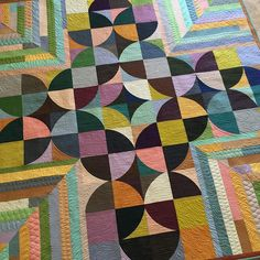 Last Quilt Market project finished. Persimmon Quilt from our book One Wonderful Curve. The Me & You fabric was 'wonderful ' to quilt on!  #sewkindofwonderful #quickcurveruler #onewonderfulcurve @landauer_publishing @hoffmanfabrics @me__and__y0u
